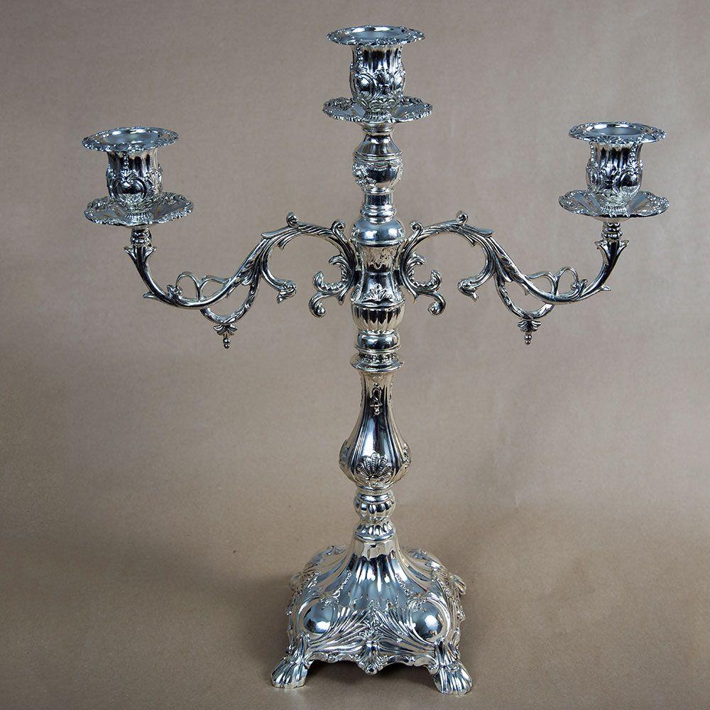 Sfesnic argintiu cu picior si 3 brate