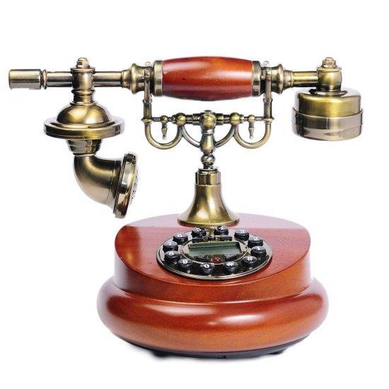 Telefon vintage, din lemn, cu baza rotunda