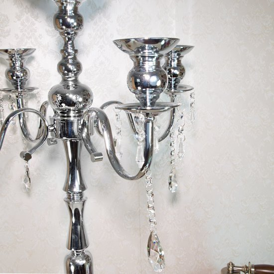 Sfesnic cu 5 brate argintii pentru lumanari si cristale