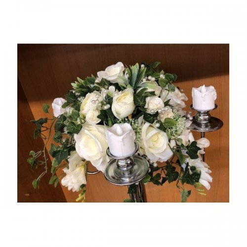 Aranjamente din flori artificiale Levi