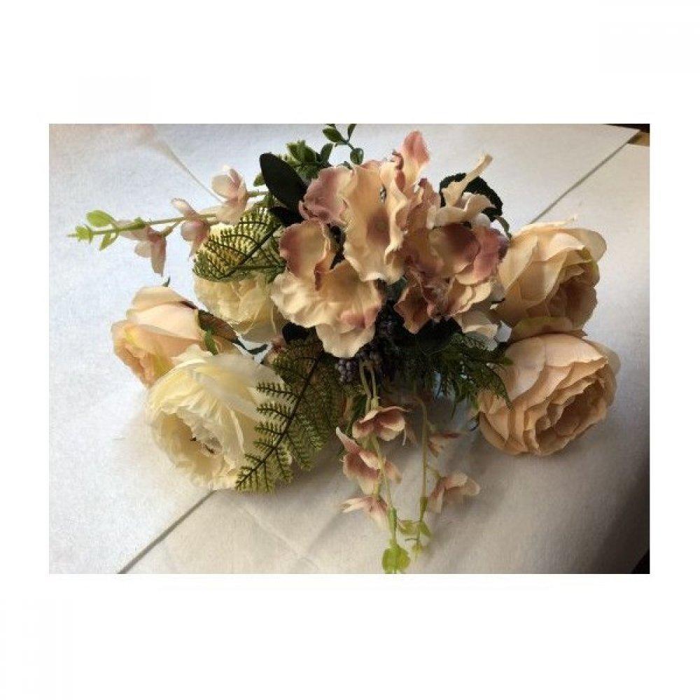 Flori Artificiale Buchet 6 Trandafiri 2 Hortensii si 3Fire Flori Cu Feriga Crem Cu Somon