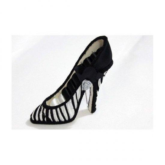 Suport Pentru Bijuterii In Forma De Pantof Alb Cu Negru