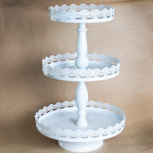 Suport ALB pentru prajituri cu aspect dantelat si 3 etaje