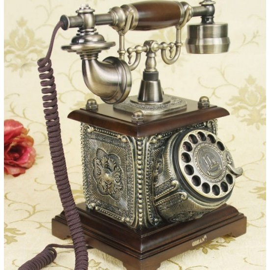 Telefon fix cu model vintage, perfect functional