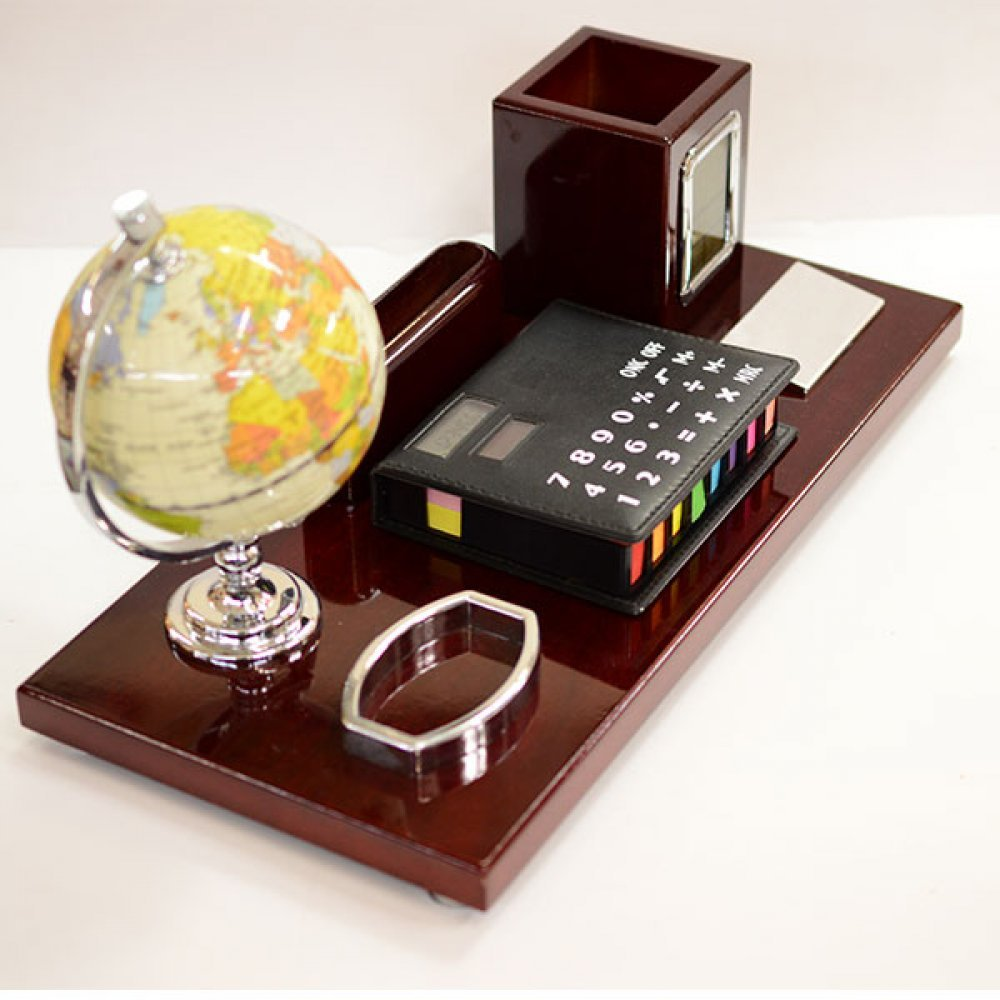 Accesorii birou glob, suport pix, calculator si post it
