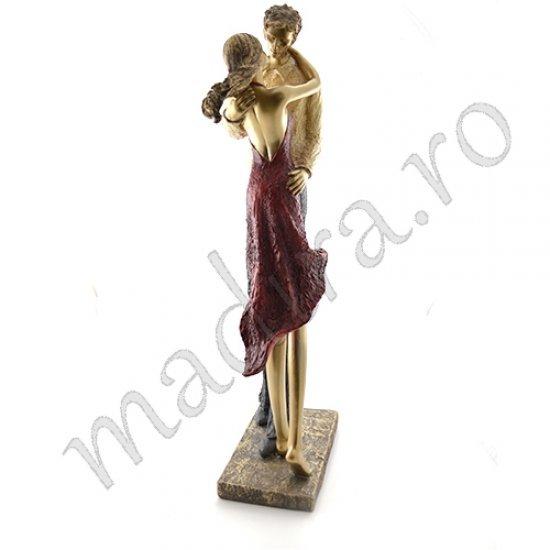 Statueta decorativa - cuplu sarutandu-se
