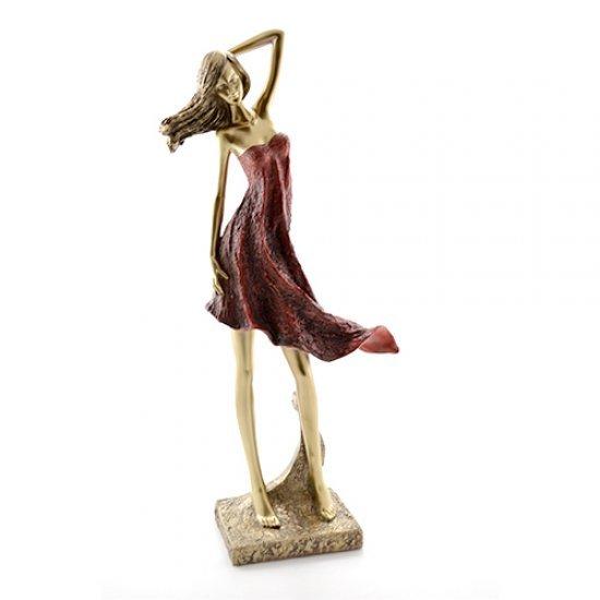 Statueta fotomodel in rochie rosie din rasina
