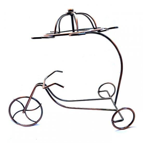 Suport pentru cesti, cani sau pahare, din metal in forma de bicicleta