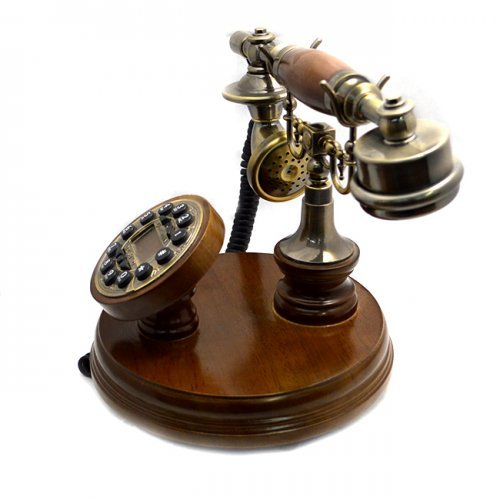 Telefon maro cu design de epoca si dispaly