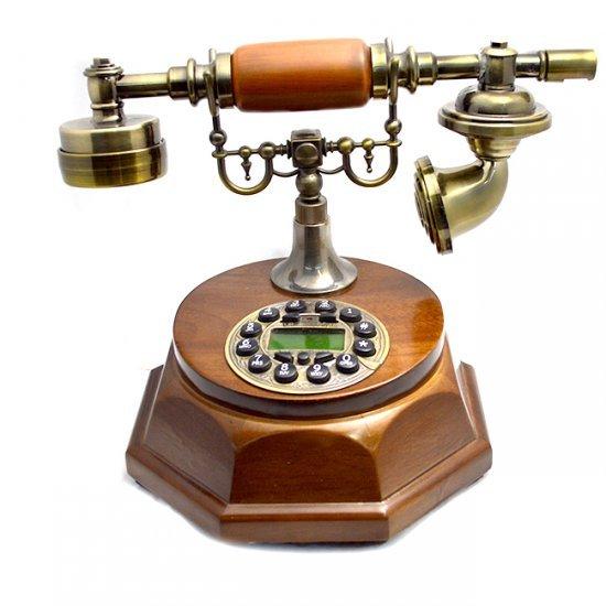 Telefon maro, cu design vintage si forma octogonala
